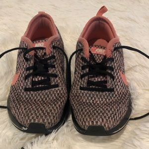 Girls Nike Dualtone Racer Size 12Y Pink